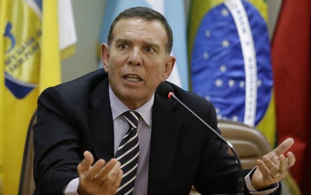 FİFA-nın keçmiş vitse-prezidenti ömürlük futboldan kənarlaşdırıldı