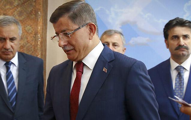 Davudoğlu AKP-dən getdi