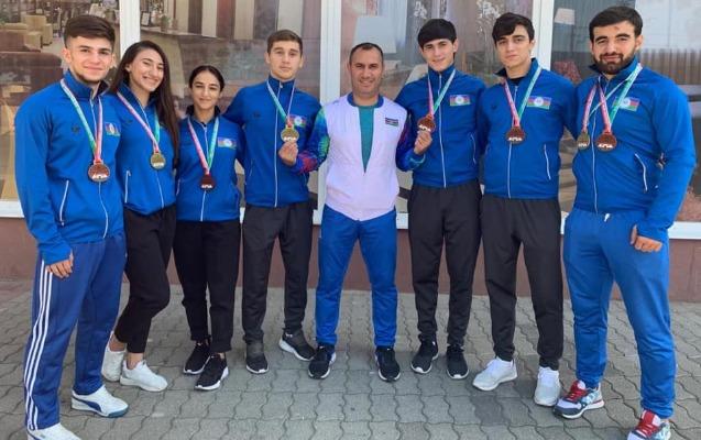 Karateçilərimiz Macarıstanda 8 medal qazandı