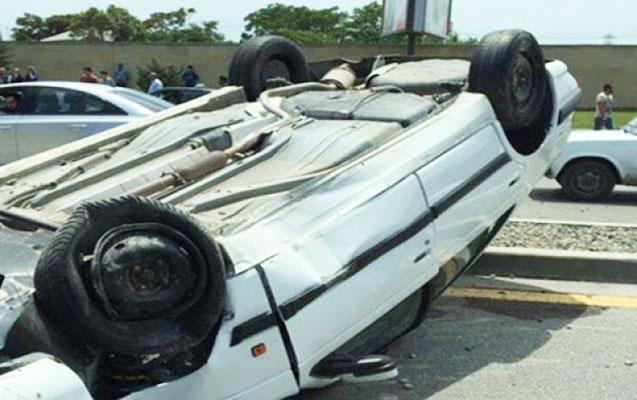 """""""BMW""""ni aşırdı, sərnişini öldü"""