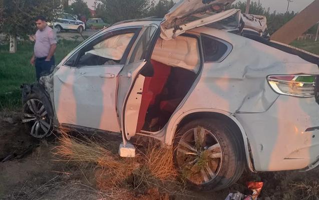 """Goranboyda """"BMW"""" aşdı, qadın öldü"""