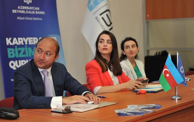 Beynəlxalq Bankın nümayəndələri BMU-nun tələbələri ilə görüşüb