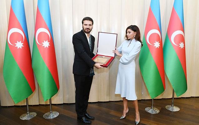 Mehriban Əliyeva Sami Yusufla görüşdü