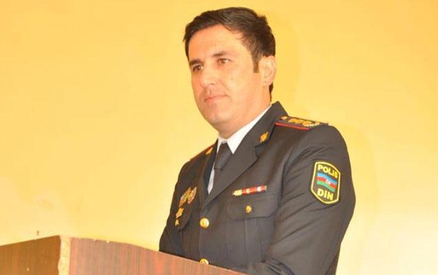 Polis polkovniki şagirdlərlə görüşdü