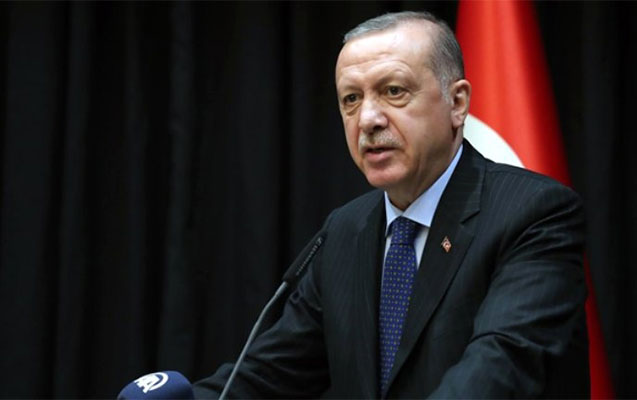 Türkiyədə 20 yaşadək gənclərin də küçəyə çıxması qadağan edildi