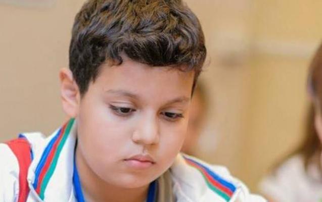 14 yaşlı şahmatçımız dünya çempionu oldu