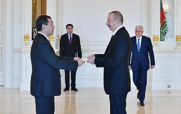 Prezident yeni səfirlə görüşdü