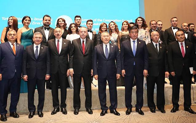 Məşhurlarımız Prezidentlərlə bir arada