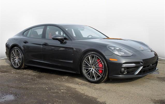 """""""Porsche"""" iki min avtomobili geri çağırır"""