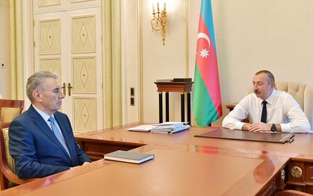 Prezident Baş Nazirin işdən çıxarılan müavinləri ilə görüşdü