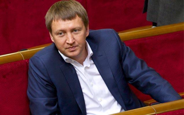 Ukraynada keçmiş nazir vertolyot qəzasında öldü
