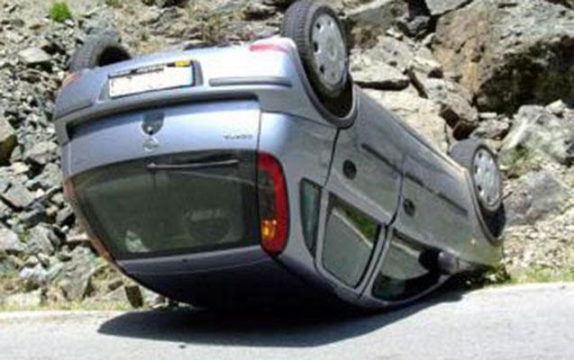 """Şəkidə """"Opel"""" aşdı, sürücü öldü"""