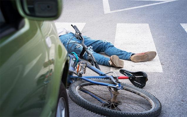 Yolu keçən velosipedçini vurub öldürdü