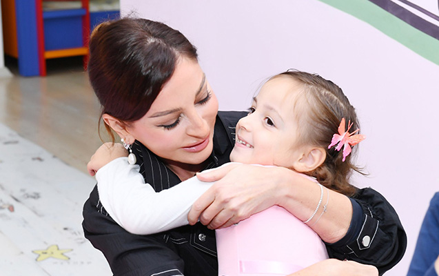 """""""Mehriban Əliyeva ilə Azərbaycanda dəyişiklik rüzgarı..."""""""