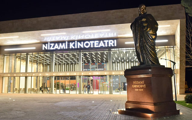 Sumqayıtda 60 il sonra yeni kinoteatr... - Foto