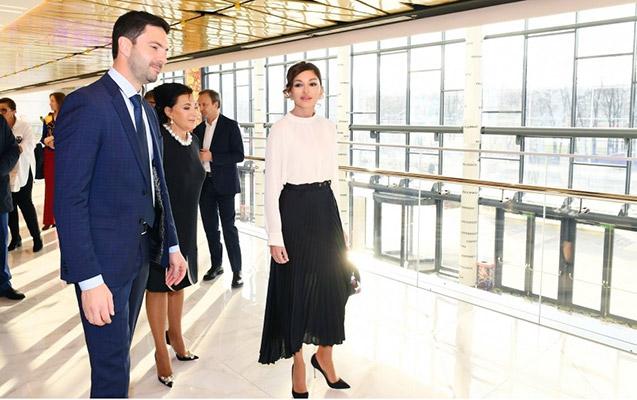 Mehriban Əliyeva Gimnastika Mərkəzi ilə tanış oldu
