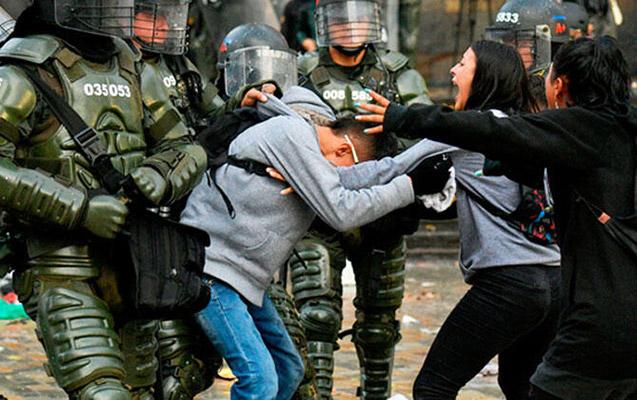 Kolumbiyada aksiyalarda ölənlər və yaralananlar var