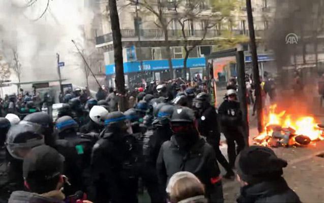 Parisdə ara qarışdı, polislə aksiyaçılar toqquşdu