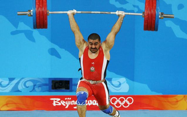 Nizami Paşayev 10 il sonra dünya çempionu oldu