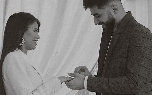Elman koreyalı modellə evləndi
