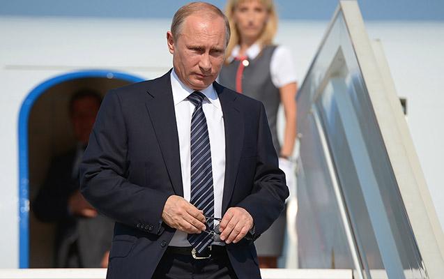 Putin Parisə getdi
