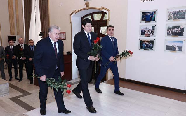 Diasporla İş üzrə Dövlət Komitəsində Heydər Əliyevin anım günü keçirilib