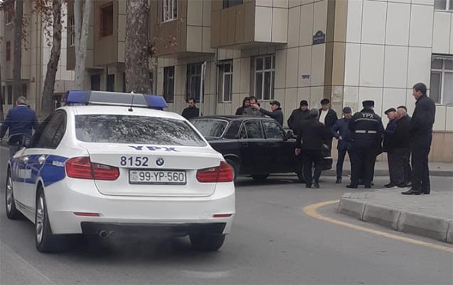 İcra Hakimiyyətinin maşını qəza törətdi - Foto