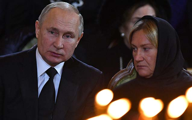 Putin Lujkovla belə vidalaşdı -
