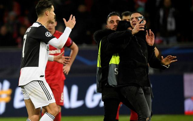 Fanatının bu hərəkəti Ronaldonu özündən çıxardı