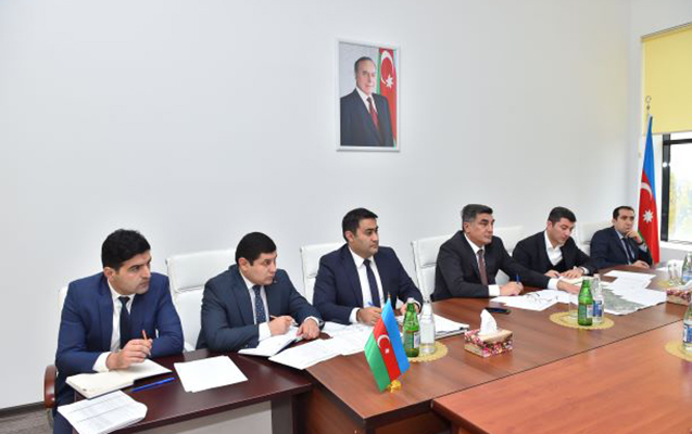 """""""Azərsu"""" rəsmiləri vətəndaşları qəbul etdi"""