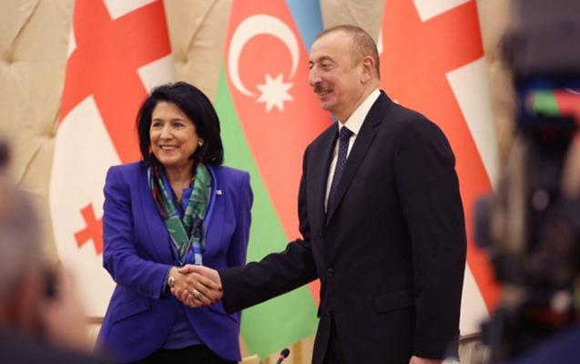 Gürcüstan Prezidenti İlham Əliyevi təbrik etdi