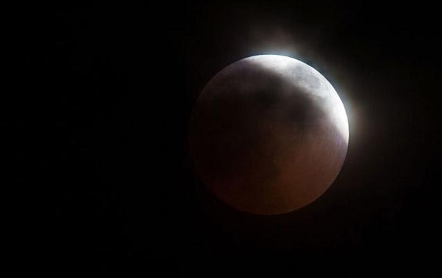 İlin ilk Ay tutulması başa çatdı