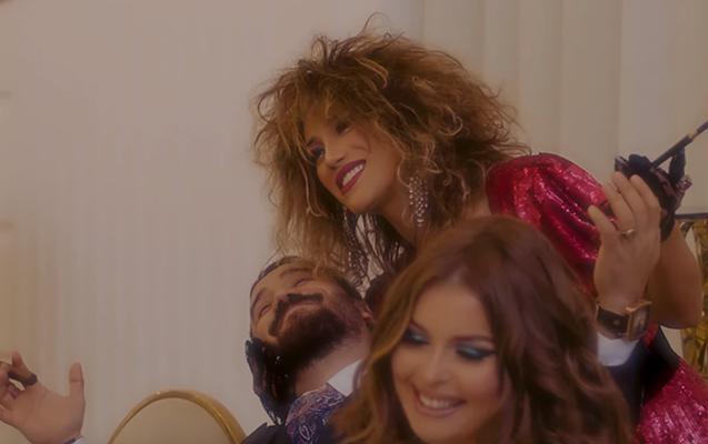 Röya məşhurları klipinə çəkdi - Video