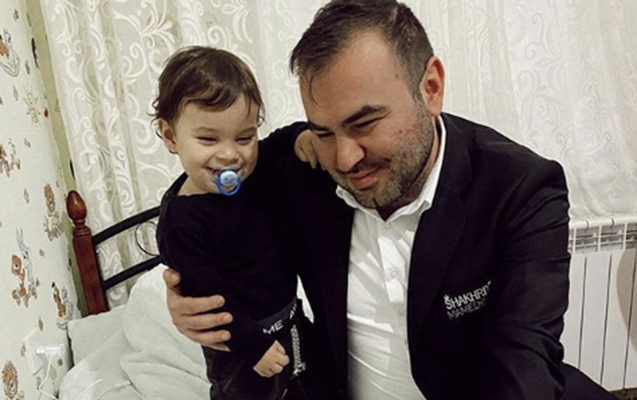 """""""Şah"""" övladları ilə şəklini paylaşdı- FOTO"""