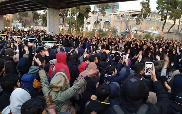 İranda hökumət əleyhinə aksiyalar davam edir