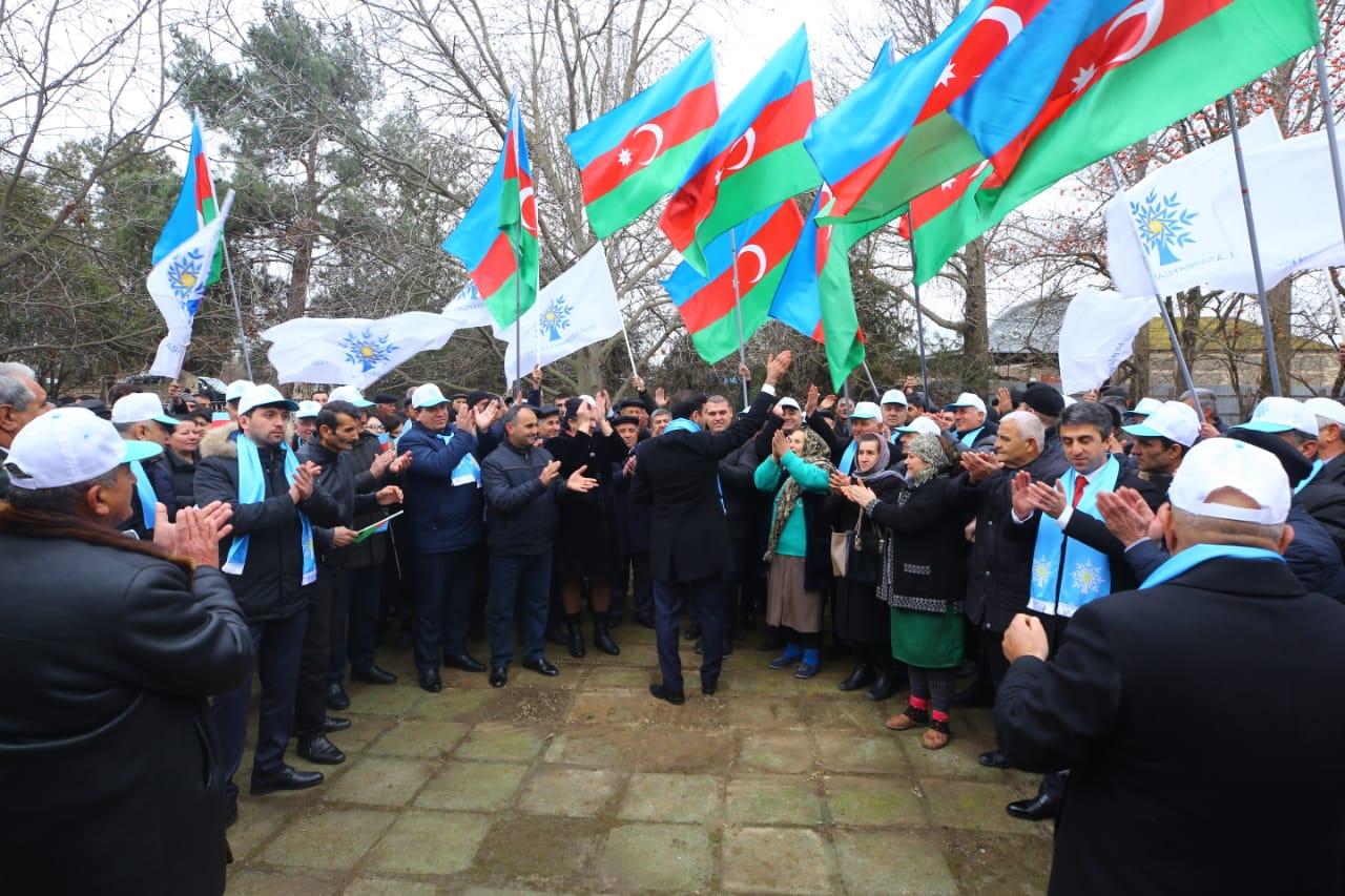 Anar Məmmədov seçiciləri ilə görüşdü - Fotolar
