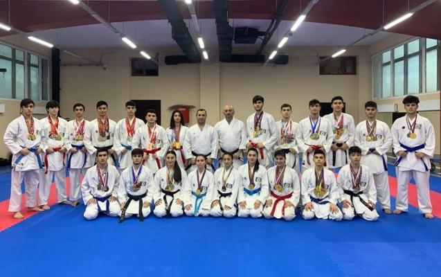 Karateçilərimiz beynəlxalq turnirdə 10 medal qazandı