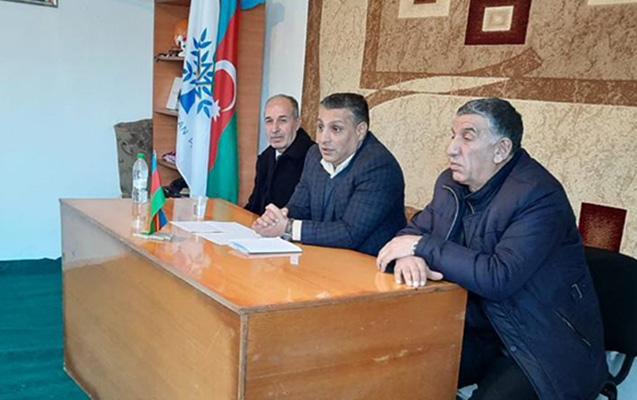 Deputatlığa namizəd Babək Hüseynov ucqar kənd sakinləri ilə görüşüb