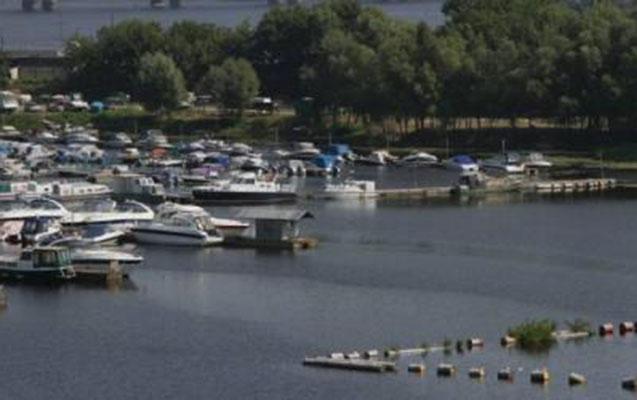 ABŞ-da qayıq parkında yanğın: 8 nəfər öldü