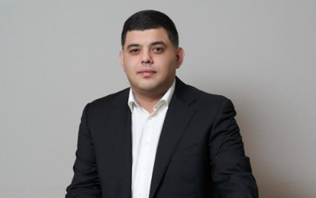 """""""Bəzi məmur və deputatlar real həyatdan uzaqdır"""""""