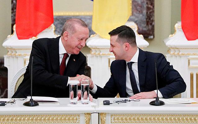 Türkiyə ilə Ukrayna gözlənilən sazişi imzaladı