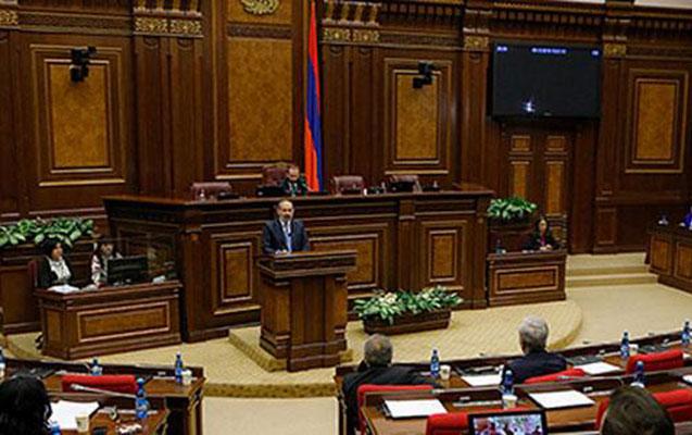 Ermənistan referenduma gedir