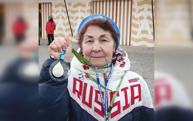 83 yaşında qızıl medal qazandı