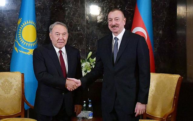 Nazarbayev İlham Əliyevi təbrik etdi