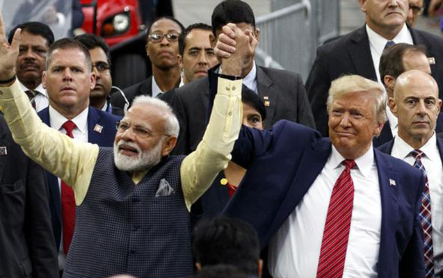 Tramp ilk dəfə Hindistana getdi