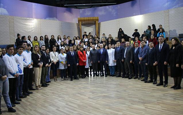 """""""Gənc Həkimlər Birliyi""""nin növbəti toplantısı keçirilib"""
