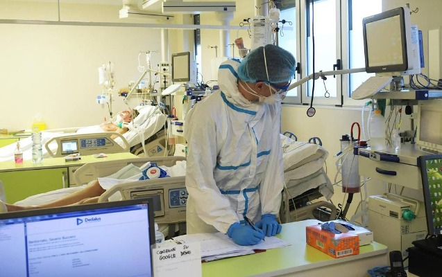Nyu-Yorkda koronavirusdan ölənlərin sayı 965 oldu