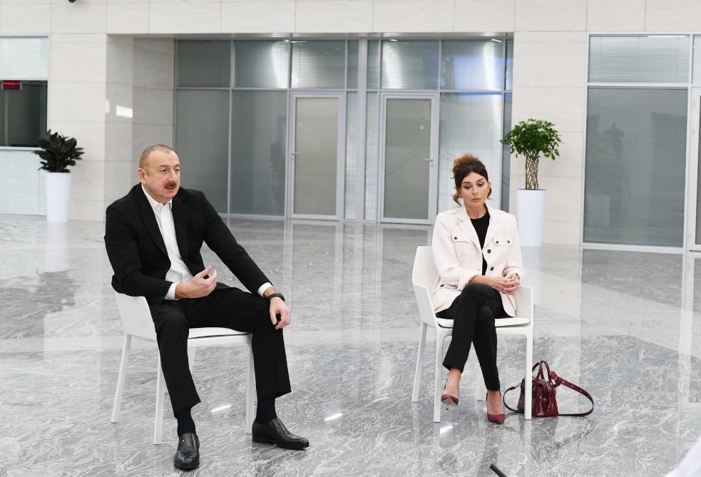 """""""Biri deyir mənə heç nə olmaz, biri deyir mən qorxmuram"""""""