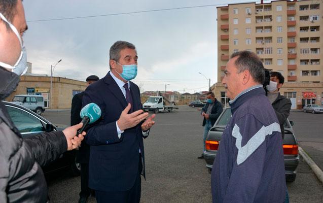 İcra başçısı vətəndaşlarla koronavirus barədə danışıb