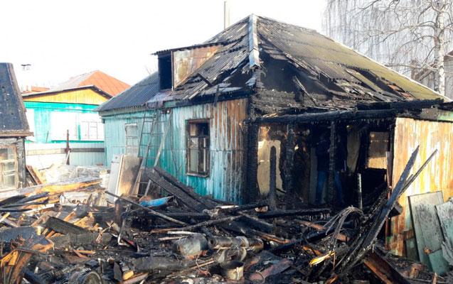Ailə üzvlərini yandıran kişi saxlanıldı